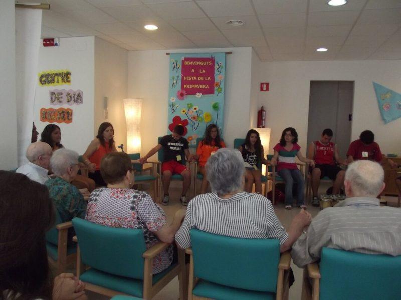 "Encuentro intergeneracional ""Llegada de la Primavera"" Centre Recreo Vilanova i la Geltru"